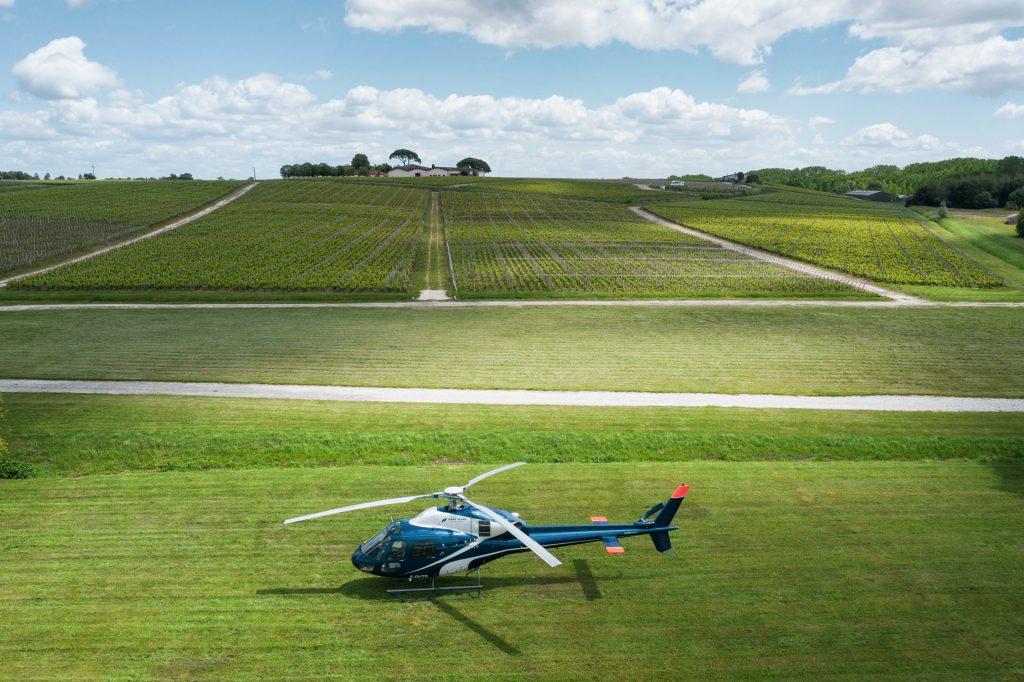 Tourist flights - Flight over vineyards & Médoc - Mont Blanc Hélicoptères Bordeaux