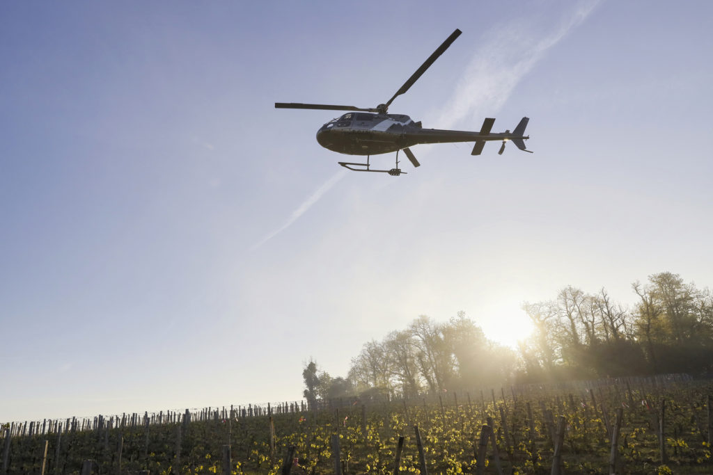 Travail aerien - Lutte anti gel - Mont Blanc Hélicoptères Bordeaux